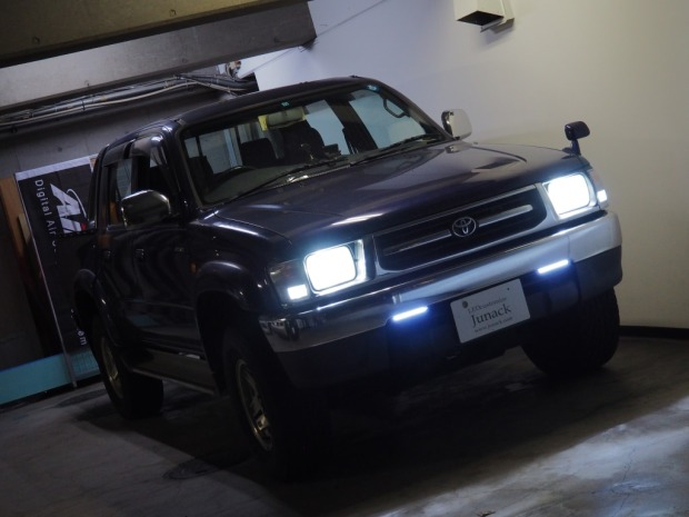 ハイラックスサーフ LED デイライト
